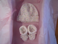 Baby_hat_and_booties_cotton_soft